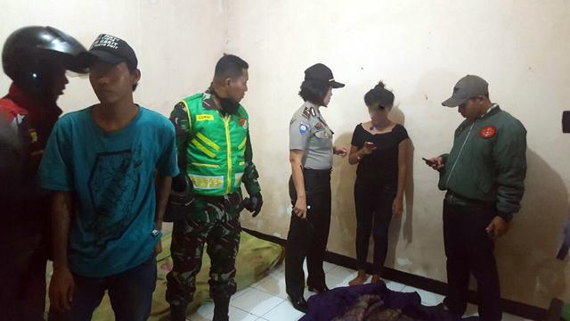 Seorang Gadis Dan Dua Remaja Yang Diduga Berbuat Asusila Digerebek Petugas Di Salah Satu Tempat Kos