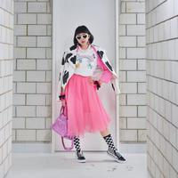 Gaya tabrab warna Diana Rikasari. (Instagram/Diana Rikasari)