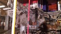 Lantai Butterfly Disco Club roboh pada Minggu waktu setempat, menyebabkan 40 orang terluka. (AFP)