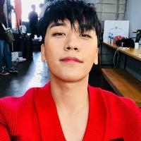 Seungri BigBang dikenal sebagai idola yang Korea Selatan yang multitalenta. Pasalnya ia tak hanya terjun di dunia hiburan saja, Seungri juga mencoba dunia bisnis. (Foto: instagram.com/seungriseyo)