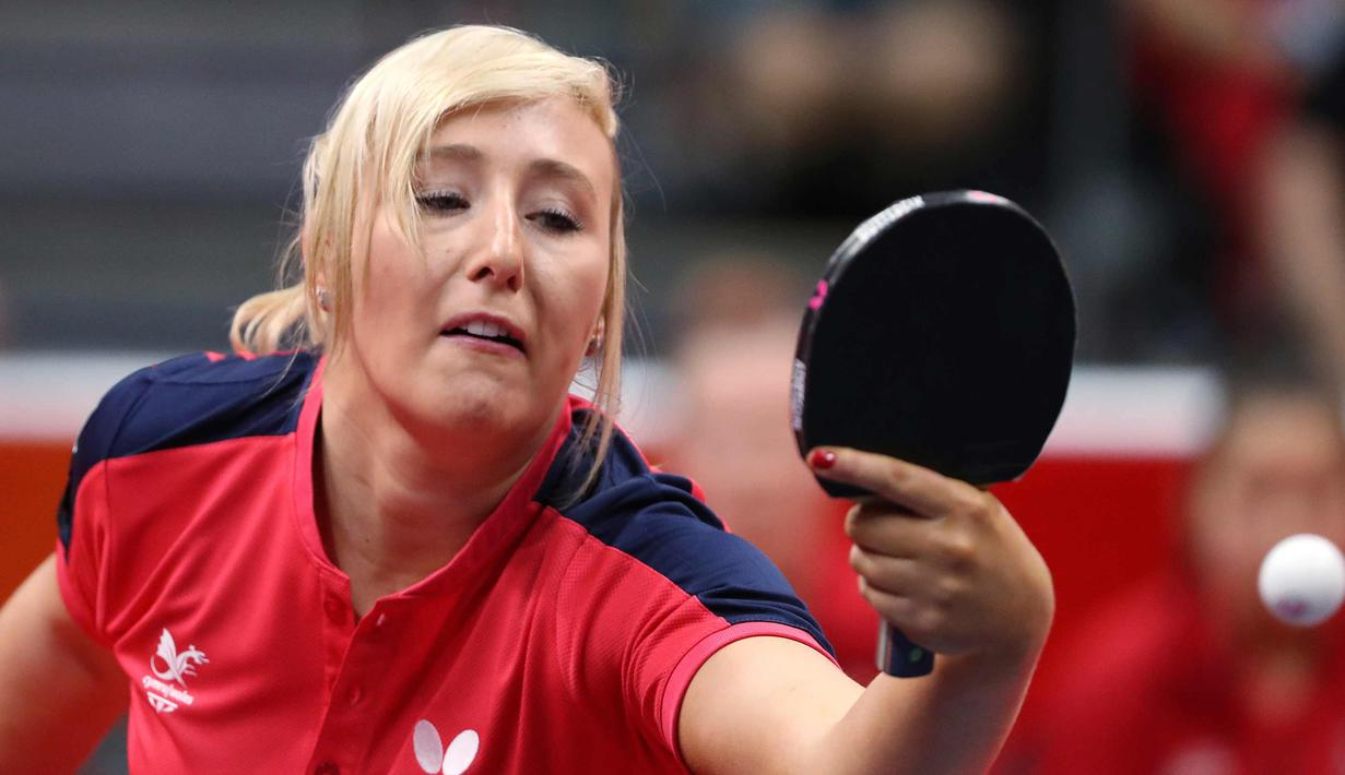 Foto Gaya Memukul Bola Para Atlet Tenis Meja Wanita Dunia Ratu 1 7