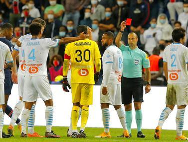 Tensi Panas di Laga PSG Kontra Marseille, Baku Hantam Pemain Hingga 5 Kartu Merah