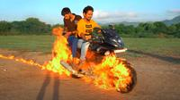 Indian Hacker yang mengcosplay Ghost Rider (youtube.com/MR. INDIAN HACKER)