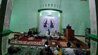 Salah satu titik yang menggelar doa tersebut adalah Pesantren (Ponpes) Al Habibatain, Desa Kalilangkap, Kecamatan Bumiayu, Kabupaten Brebes.