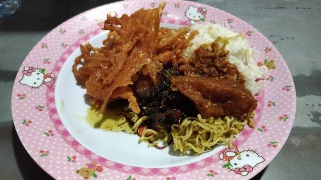 Lapar Tengah Malam Ini 3 Tempat Makan Di Surabaya Yang Buka