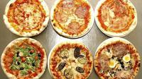 Tak bisa biayai mantan istri, priai ini minta pizza jadi gantinya (sumber. qz.com)