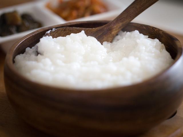 Tips Membuat Bubur Nasi Yang Pulen Lembut Dan Tidak Lembek Lifestyle Fimela Com