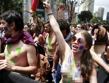 20160318-Protes-Mahasiswa-Kolumbia-Reuters