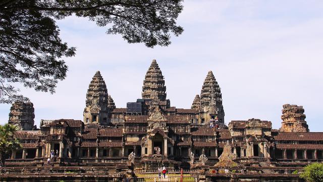 6 Wisata Candi Penuh Sejarah di Dunia, Ada dari Indonesia