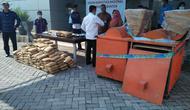 Jelang pergantian tahun 2018, Badan Narkotika Provinsi (BNP) Banten berhasil menggagalkan pengiriman ganja di dalam mesin penggiling kopi. (Liputan6.com/ Yandhi Deslatama)