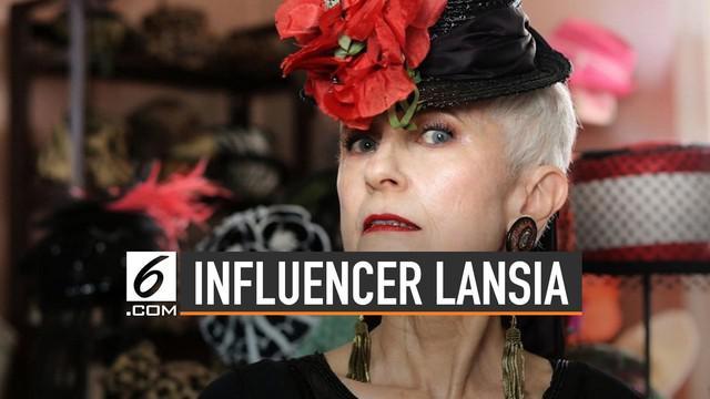 """Judith Boyd mendeskripsikan dirinya sebagai """"grandfluencer"""" atau influencer lansia."""