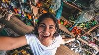 Turis India, Srishti Tehri, ikut prihatin dengan banyaknya sampah di Pontianak, Sintang, Singkawang, Kalimantan Barat (Dok.Instagram/@srishti_teee/https://www.instagram.com/p/B0ONgBvnxLp/Komarudin)