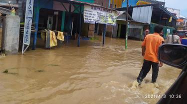 Banjir menggenangi Kabupaten Bima, NTB, Sabtu (3/4/2021).