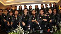 Tim Indonesia yang akan berjuang di ajang Piala Thomas dan Uber 2018 bertolak ke Bangkok, Thailand, Rabu (16/5/2018). (PBSI)