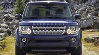 Land Rover Discovery terbaru menekankan kemampuan dan performa hardcore di medan off road namun tetap mengutamakan kenyamanan