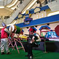 Berbagai acara seru dan program belanja yang menarik di Hari Lebaran.