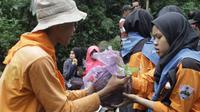 Reboisasi digalakan oleh Perhutani untuk menyangga kehidupan satwa langka dan merawat heteroginitas hutan Siregol. (Foto: Liputan6.com/Galoeh Widura)