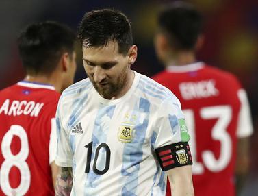 FOTO: Lionel Messi Cetak Gol Lewat Penalti, Argentina Gagal Taklukkan Chili