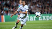 Raul Gonzales Blanco saat berkostum Schalke. (AFP/Philippe Merle)