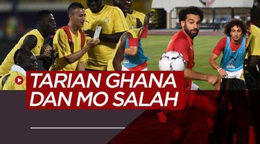 Berita Video Tarian Ghana Kontras Dengan Seriusnya Mohamed Salah di Piala Afrika 2019.