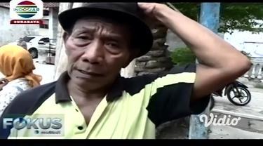 Pohon kurma jenis ajwa, atau kurma nabi, berukuran besar, tumbuh subur, dan berbuah di Ponorogo, Jawa Timur. Warga pun, terutama ibu-ibu menyerbu untuk bisa membelinya. Mengantisipasi terjadinya hal yang tidak diinginkan, sejumlah polisi berjaga-jaga...