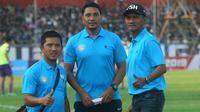 Trio legenda Barito Putera, Meidiansyah, Isnan Ali, dan Frans Sinatra Huwae yang kini bahu-membahu di Martapura FC. (Bola.com/Gatot Susetyo)