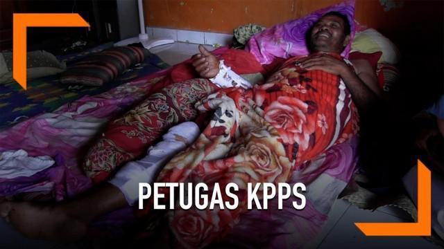Seorang petugas KPPS di Tegal, Jawa Tengah ditabrak truk saat mengendarai sepeda motor setelah membeli obat. Ia mengaku kelelahan setelah mengawal rapat pleno rekapitulasi suara.