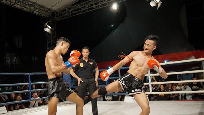 Sebanyak 17 petarung yang mayoritas dari daerah berhasil menjadi juara di Kejuaraan Muay Thai Road to Victory (RTV) 9. (Muay Thai Road to Victory/Edward Luhukay)