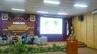 Dalam seminar nasional ekonomi energi, sejumlah pakar mengungkapkan belum perlunya pembangunan Pembangkit Listrik Tenaga Nuklir (PLTN) di Indonesia. (Liputan6.com/ Switzy Sabandar)