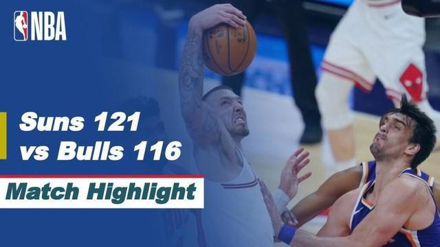 Berita video highlights kemenangan Phoenix Suns atas Chicago Bulls 121-116 dalam laga musim reguler NBA 2020/2021, di mana Devin Booker menorehkan 45 poin, Kamis (1/4/2021) pagi hari WIB.
