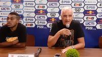 Pelatih Borneo FC, Mario Gomez, menjelang pertandingan kontra Persib Bandung pada leg kedua perempat final Piala Indonesia 2018-2019. (Bola.com/Erwin Snaz)