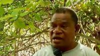 One seorang mantan preman perusak alam berganti haluan menjadi penjaga dan pencinta lingkungan di Pulau Alor, NTT