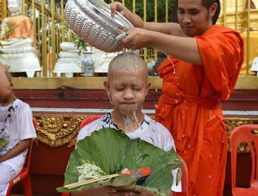 Remaja Korban Gua Thailand Jalani Ritual Budha