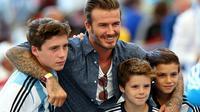 David Beckham dan tiga anak laki-lakinya dukung Argentina