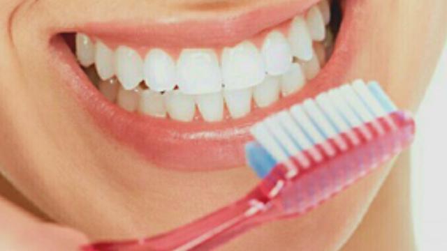 Hasil gambar untuk sikat gigi