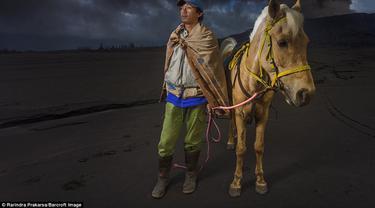 6 Fakta Menarik Suku Tengger, Suku yang Tinggal di Gunung Bromo