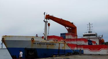 Kemenhub tengah melakukan optimalisasi muatan tol laut melalui Direktorat Jenderal Perhubungan Laut dan Kantor Kesyahbandaran dan Otoritas Pelabuhan (KSOP). Hal ini untuk meningkatkan investasi daerah. (Dok Kemenhub)
