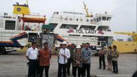 Presiden Jokowi Sambut Kedatangan Kapal Pengangkut Ternak