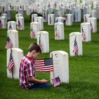 Memorial Day   pexels.com/@suzanne-walker-2482451