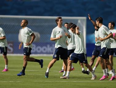 FOTO: Persiapan Pemain Spanyol Jelang Hadapi Swedia di Euro 2020