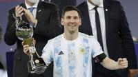 Lionel Messi - La Pulga dinobatkan sebagai pencetak gol terbanyak di ajang Copa America 2021. (Foto: AP/Andre Penner)