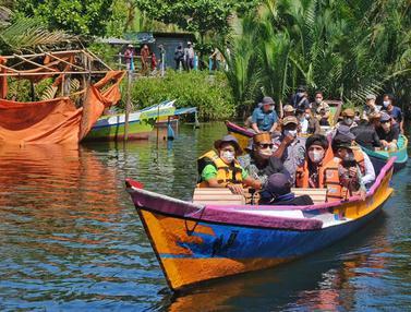 Ajak Youtuber Atta Halilintar, Sandiaga Uno Promosikan Desa Wisata