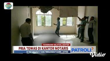 Seorang pria diduga pencuri tewas kesetrum di sebuah kantor notaris di kawasan Ruko Paramount Tangerang, Banten.