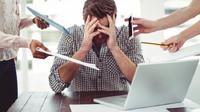 tidak jarang, deadline ini sering membuat pegawai stress saat bekerja.