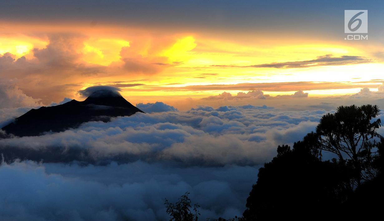 630 Koleksi Gambar Pemandangan Gunung Merapi HD Terbaik