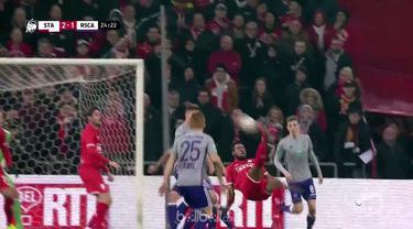 Standard Liege bangkit dari ketertinggalan untuk menyamakan kedudukan 3-3 melawan Anderlecht dan menahan lawannya naik ke posisi k...