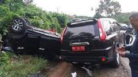 Kecelakaan maut dialami Bupati Bungo, H. Mashuri bersama istri serta rombongannya. (Foto: Istimewa/B Santoso)