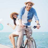 ilustrasi pasangan cinta/copyright by little star (Shutterstock)