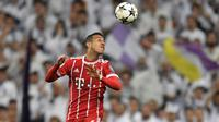 Gelandang Bayern Munchen, Thiago Alcantara menjadi salah satu pemain incaran Manchester United menurut sumber Independent. (AFP/Gabriel Bouys)