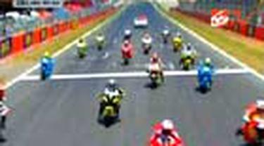 Pembalap Yamaha Jorge Lorenzo finish pertama di seri balap Moto GP Catalunya, Spanyol. Rival terdekatnya Dani Pedrosa harus puas di urutan kedua.